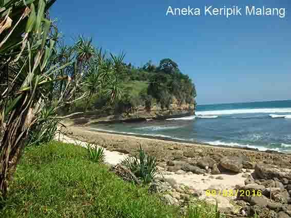 Pantai Ngandol